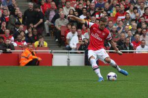 Ozil-Arsenal