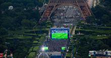 Eiffel-Tower-and-Champ-de-Mars-fan-zone